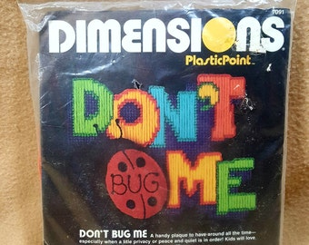 1983 Dimensions Don't Bug Me Plaque Plasticpoint Plastic Canvas Needlepoint