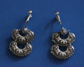 Silver filagree drop earrings