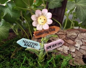 Miniature Flower Sign