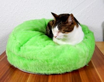 Cat bean bag bed pets mat green pat gift fake fur bed for your cat royal bed for your pets filled with bean filling with non slip material