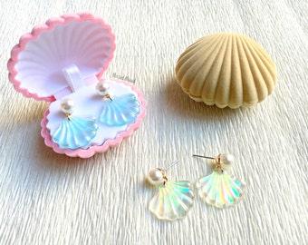 Mermaid Seashell Earrings with box - Holographic - Mermaid earrings - Seashell earrings - Pastel - Harajuku - Alternative - Boho - Hologram