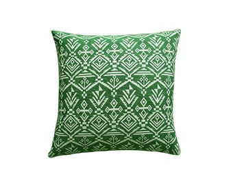 Green pillow,white pillow,pillow cover,throw pillow,home decor,throw pillow cover,decorative pillows,pillows,cushion cover,accent pillow