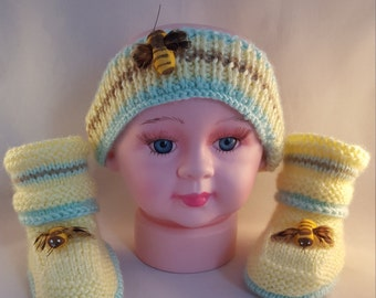 Knitted Headband and baby booties with a bee