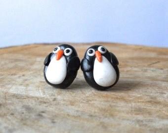 penguin earrings, penguin jewelry, polymer clay earrings, christmas earrings, animal earrings, bird earrings, miniature penguin