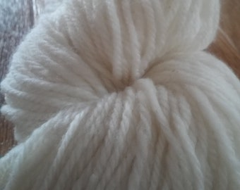 100% Cormo Wool Yarn Worsted Weight Skein
