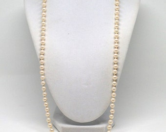 Gorgeous Vintage Signed Marvella Hand Knotted Faux Pearl Necklace