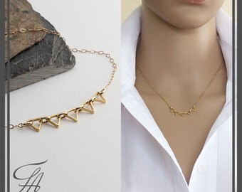 Tiny Gold Triangle Necklace, Minimalist Jewelry, Floating Triangle Necklace, Delicate Necklace, Gold Triangle Necklace, Layering Necklace