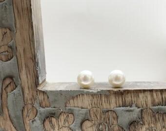 pearl earrings, fresh water pearl earrings, 8mm pearl earrings, silver pearl earrings, stud earrings, simple earrings