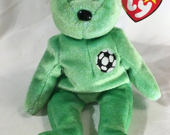 TY beanie baby Kicks the soccer bear