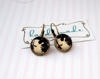 Pretty girl earrings Glass cabochon earrings French leverback earrings 16mm cabochon earrings Vintage girl Vintage earrings