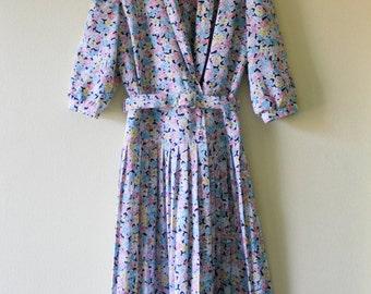 Vintage 1970s Pastel Floral Dress Plated Skirt Dress with Belt Flower Print Dress Padded Shoulders Medium Sleeve Dress