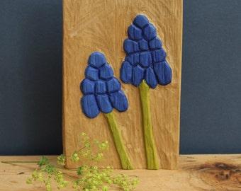 Grape hyacinth oak - woodcut oak