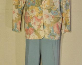 Womens Vintage Pant Suit