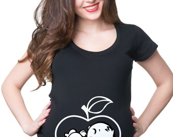 Pregnancy T-shirt Funny Maternity Top Baby In Apple Funny Baby Shower Idea T-shirt