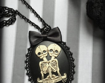 Skeleton Twins Cameo Necklace, Gothic Skeleton Necklace, Conjoined Twins Pendant, Steampunk Victorian, Alternative Jewelry, Gothic Gift