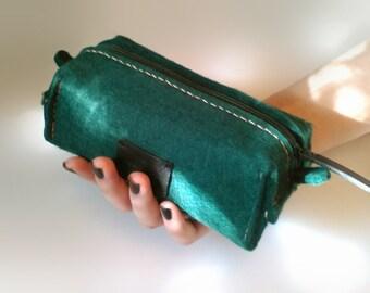 Green Rustic Felt Cosmetic Bag, Felt makeup bag Felt pouch Felt bag cosmetic pouch, dopp kit, green felt cosmetic bag, toiletry bag