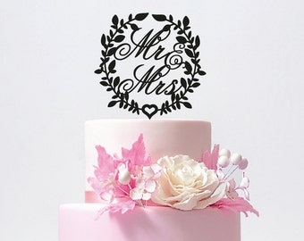 Personalized Mr and Mrs Leaves Wedding Cake Topper with YOUR Last Name / ST002