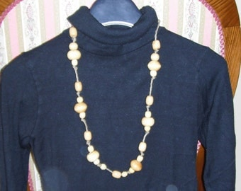 Beige and Brown necklace 03