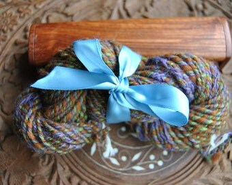 WOOD LILY wool hand-spun, hand-dyed