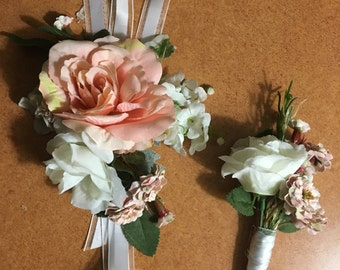 Customized Color Vintage Style Corsage/Boutonnière