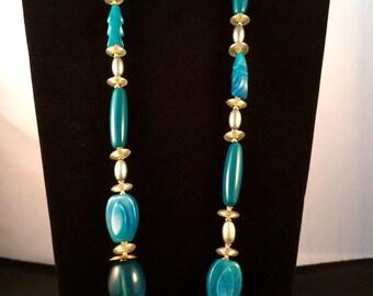Vintage 1970's Ellelle Italian Turquoise Lucite Beaded Necklace