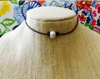 Fresh Water Pearl Leather Choker