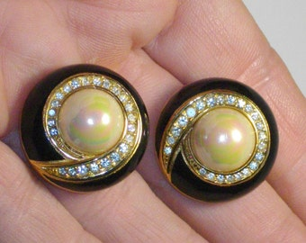 Vintage Authentic Christian DIOR Enamel,Faux Pearl & Crystal,Goldtone Clip-On Earrings.Signed
