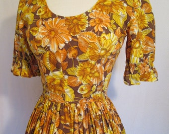1960s cotton western style floral print day dress with full ruffle skirt XS