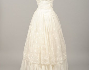 1960 Embroidered Chiffon Vintage Wedding Gown