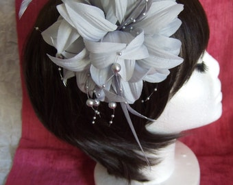 Silver Grey Fascinator. Flower Feather Beaded Fascinator, Head Piece, Mother of the Bride, Church Fascinator, Wedding Hair, Silver Hat