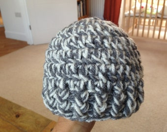Crochet Baby Beanie Hat - Size Newborn to 3 Months - White and Grey