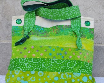 Strappy Shoulder Bag (Green Batik)