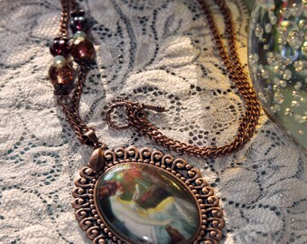 Sitting Pretty Necklace