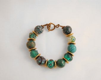 """BOLLYWOOD"" Emerald bracelet and brass"