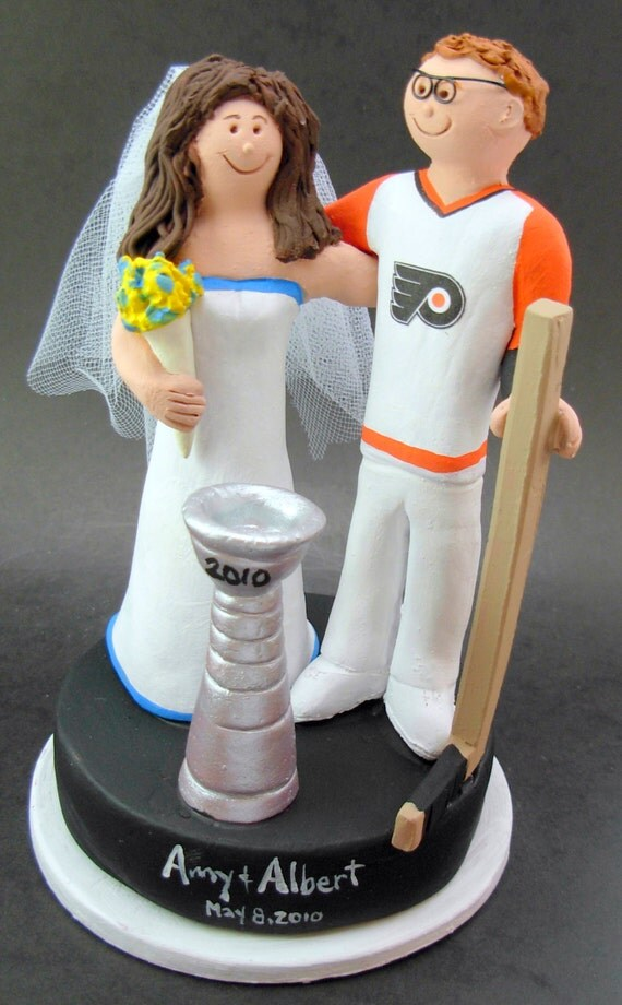 hockey player wedding cake topper philly flyers hockey wedding cake topper hockey and 15259