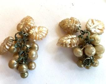 vintage grape pearls (2) beads pendants  occupied Japan dangles  beads Czech Carmen Miranda almost 2 inches (2)