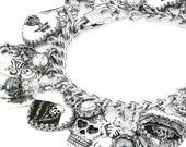 Day of the Dead Charm Bracelet - Dia de los Muertos Charm Bracelet - Day of the Dead Jewelry - Sugar Skull Charm Bracelet - Black Pearl