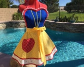 Snow White Inspired Sassy Apron with Apple Print Petticoat, Girls Aprons, Princess Costume, Womens Aprons, Plus Sizes, Girls Sizes, Cosplay