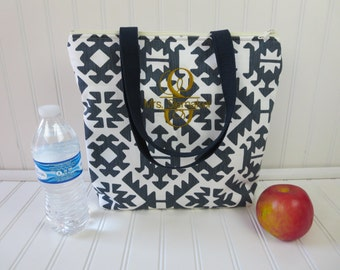 Insulated Lunch Tote - Lunch Bag - Deluxe Lunch Tote - Lunch Tote Bag - Large Lunch Tote - Monogrammed Lunch Bag - Teacher Gift
