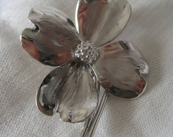 VINTAGE Sterling Silver Realistic Flower Costume Jewelry Brooch