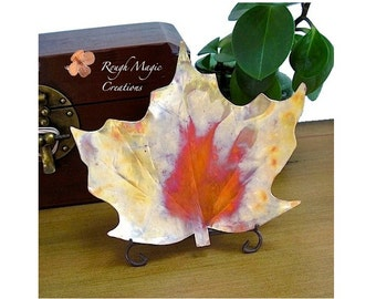 Maple Leaf Dish. Rustic Copper Decorative Plate. Autumn Leaves. Eco Friendly Home Decor. Metal Dish. Fall Autumn Colors. Thanksgiving Decor