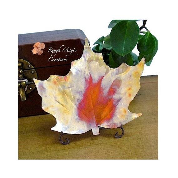 Maple Leaf Dish. Rustic Copper Decorative Plate. Autumn Leaves. Eco Friendly Home Decor. Metal Dish. Fall Autumn Colors. Thanksgiving Decor