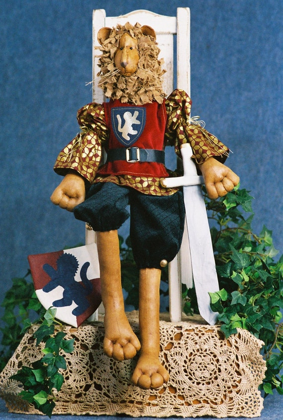 Mailed Cloth Doll Pattern - 24 inch Royal Lion King Doll
