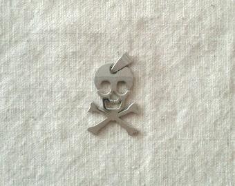 29 x 21 mm Steel Skull and Crossbones Pendant