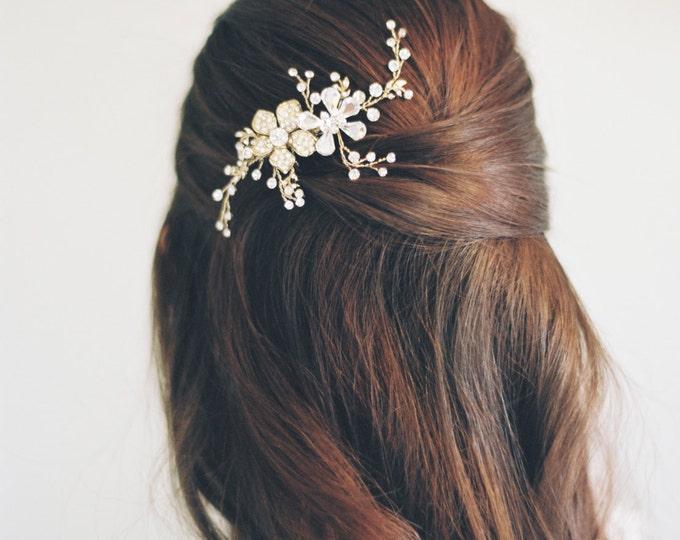 Bridal Hair Comb, Swarovski Crystal Comb, Bridal Hair Accessory, Swarovski Crystal Bridal Comb, Floral Comb, Bridal Bling, 1602