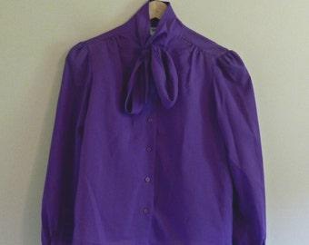 140 - Vintage 60s purple secretary blouse - Size M