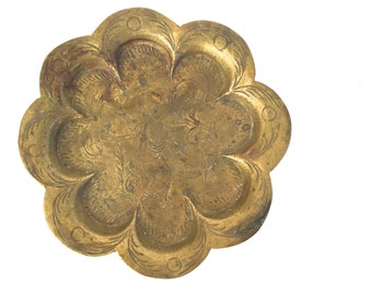 Boho vintage Brass Jewelry Dish~ Ashtray ~ Jewelry ring dish - Hollywood Regency era~ Flower shaped