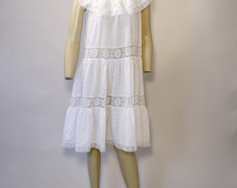 1960's EYELET dress with LACE detailing O/A