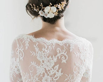 MAGNOLIA | floral bridal headpiece, gold wedding headpiece, delicate bridal hair comb