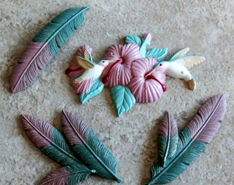 Vintage Hummingbird Wall Hanging Feathers Burwood Plaques Wall Décor Set of Four Pink Aqua White